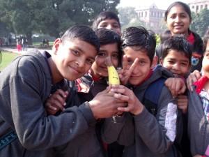 banan z dziećmi