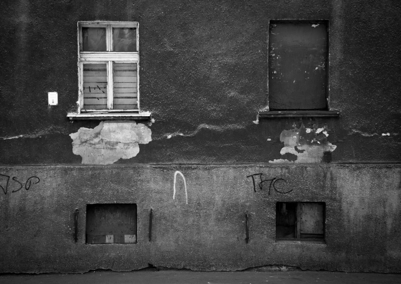 Okna i drzwi to mój ulubiony temat do zdjęć. W tym momencie, chyba już to wiesz.