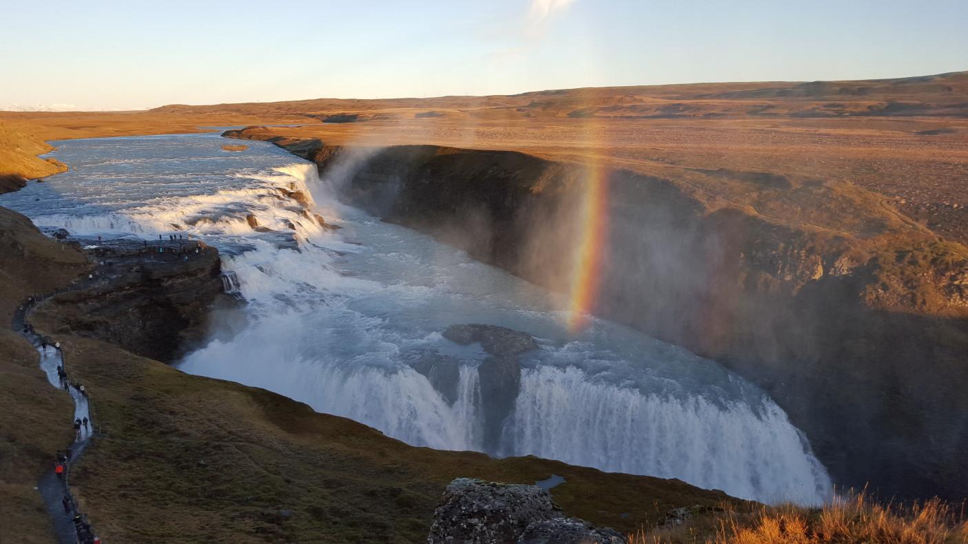 Ale naturę mają piękną :). A ten wodospad podobno wspaniale zamarza zimą.